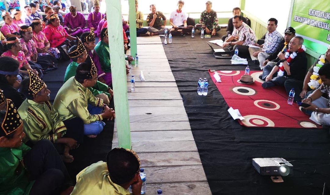 Dirjen KSDAE Bertemu Masyarakat Dongi-dongi Kawasan Taman Nasional Lore Lindu