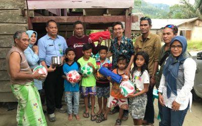 Sekolah Alam Dongi-dongi dan Taman Baca Resort Bobo Dapat Bantuan Dari APHI